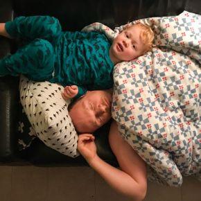 Samen slapen, elk bij eenkind